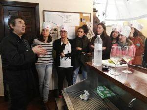 Visita a Vitoria-Gasteiz, para conocer nuestros productos alaveses, de una delegación de la Universidad Internacional de las Ciencias Gastronómicas