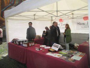 Slow Food Araba-Álava en el Mercado de la Almendra de Vitoria-Gasteiz
