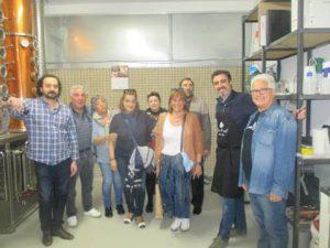 Visita a Basque Moonshiners, productores de espirituosos con patata y cereales de Álava